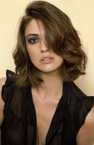 Lips & Short Brown Hairstyles