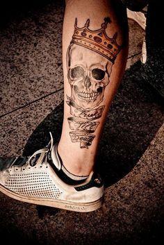 tatuagens na perna de caveira