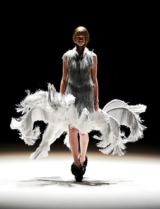 Fashion as Art - sculptural silver grey dress with dramatic 3D construction // Iris van Herpen Haute Couture