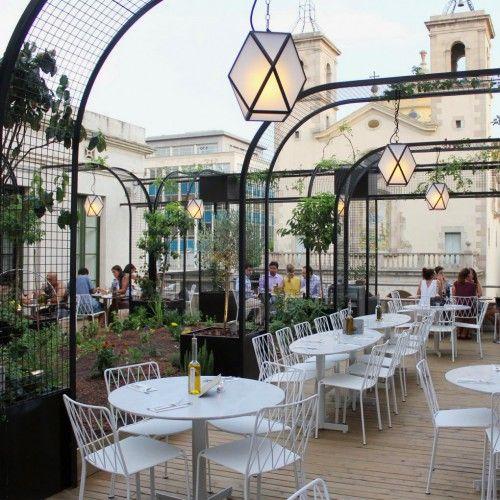 Terraza del Restaurante Flax and Kale - Barcelona, Spain
