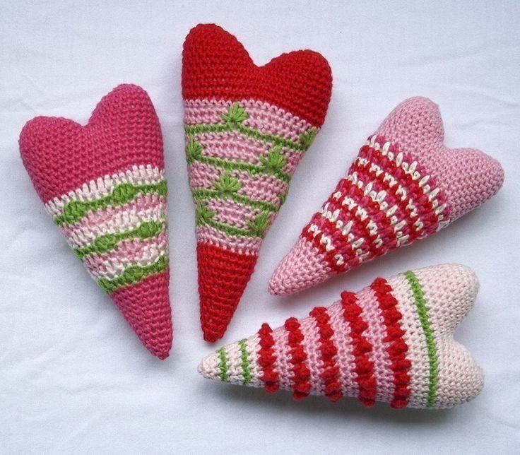 Heart x4 Crochet Pattern by CAROcreated on Etsy