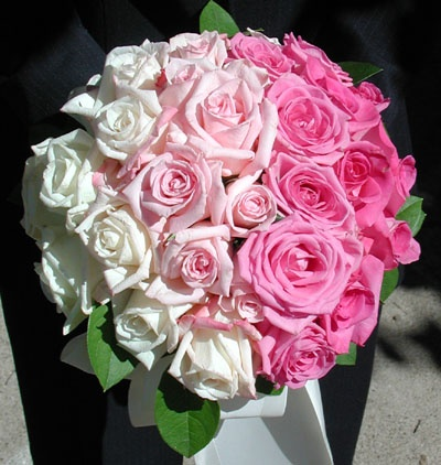 ombre flowers Tablescape Centerpiece  www.tablescapesbydesign.com https://www.facebook.com/pages/Tablescapes-By-Design/129811416695