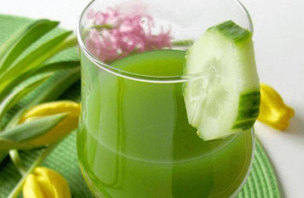 El limón es una de las frutas que más beneficios aporta al cuerpo humano. Es considerada una amiga al momento de adelgazar y conservar el cuerpo sano y en forma.Toma apunte de esta receta cortesía
