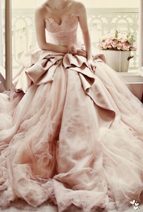 pink grown #bridal #wedding #dress
