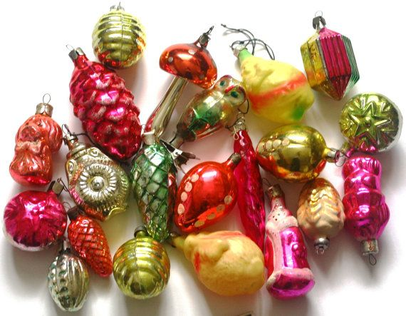 Vintage Christmas Ornaments - Glass Baubles Decorations - set of 20 - Set 5 - 1970s - from Russia / Soviet Union / USSR