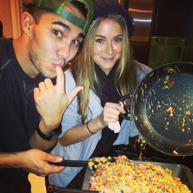 Who is carlos pena hookup right now