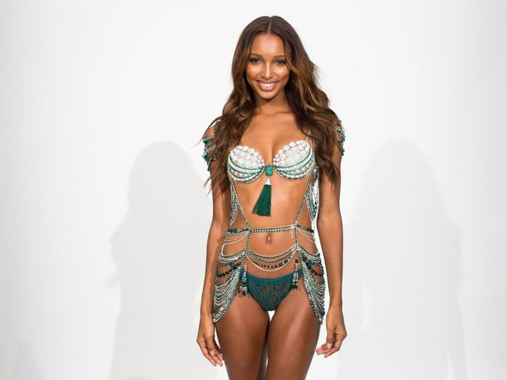 VSFS 2016 Fittings: Jasmine Tookes in Bright Night... - VS Fashion Show 2016