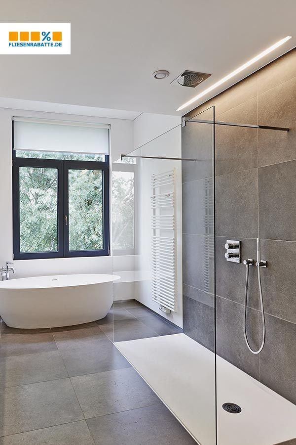 Ein Kleines Bad Offen Und Modern Einrichten Bad Einrichten Betonoptik Kleines Bad Fliesen