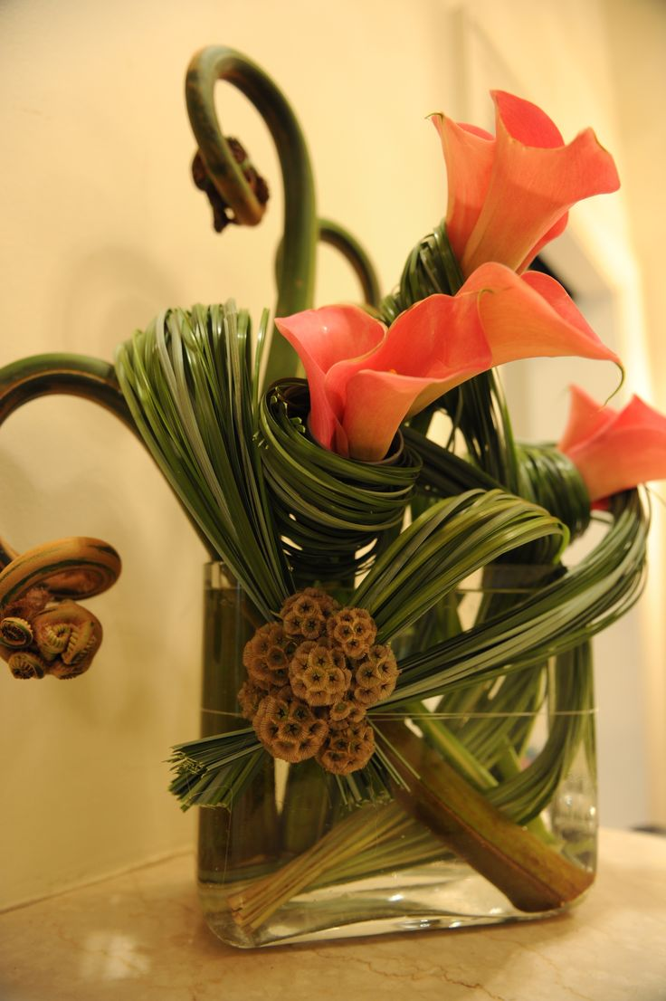 Floral Art with callas, uhle and wrapped lily grass