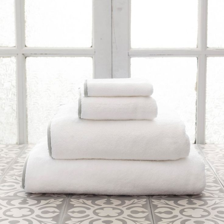 Pine Cone Hill Signature Banded Towel Pearl Gray - SBWGBT