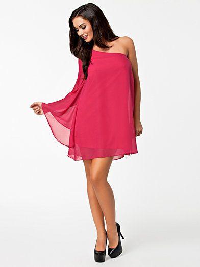 One Sleeve Chiffon Dress - Oneness - Roze - Feestjurken - Kleding - Vrouw - Nelly.com