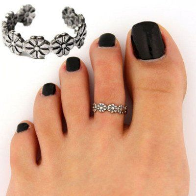 Cute Flower Toe Ring. - Adjustable - Retro Flower Design - Silver Alloy - Very Comfortable - Easy to Wear