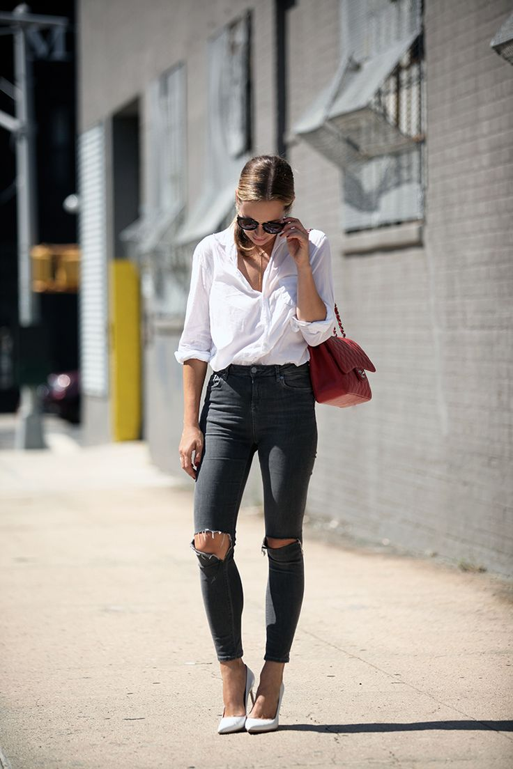 Red Jumbo Chanel Caviar Bag Topshop Jamie Jeans and White Manolo Blahniks | Helena of Brooklyn Blonde