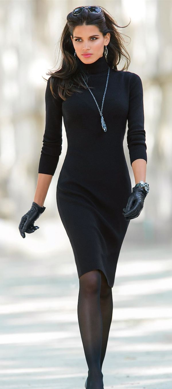 All black fall/winter outfit. The addition of the black gloves gives the outfit an interesting twist.