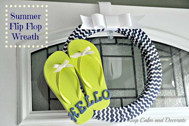 Summer Flip Flop Wreath @ Keep Calm and Decorate