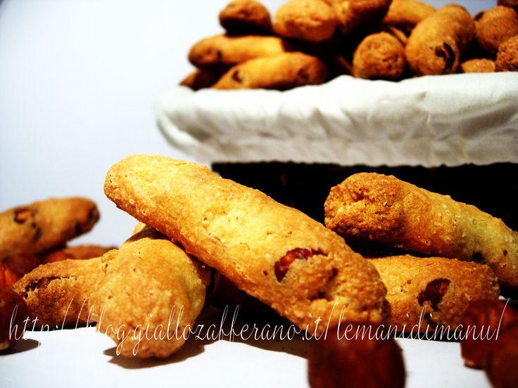 Cazzetti di cane, Ricetta biscotti alle nocciole tradizionale