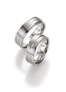 Collection Ruesch Silberringe kaufen - http://www.steiner-juwelier.at/Schmuck/1-Paar-Collection-Ruesch-Silver-Inspiration::585.html
