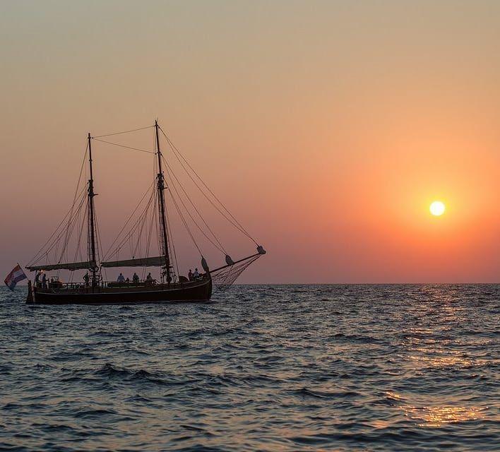 Sunset Tour On Larus Trabakul Sailingfeature Sailingschool