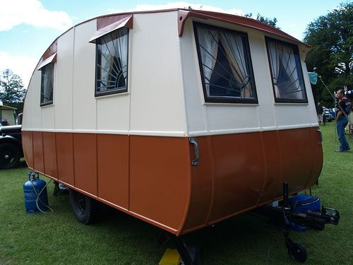 rolls royce caravan....: Vintage Trailers, Vintage Caravan, 1933 Rolls, Campers Trailers, Trailers Caravan, Rolls Royce, Royce Trailers, Vintage Love, Royce Caravan
