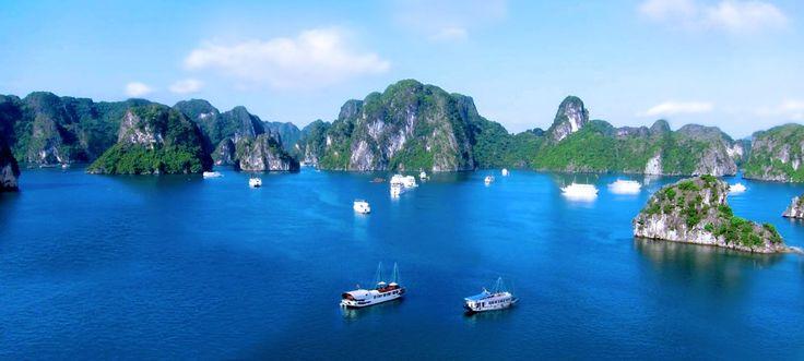 Halong Bay, Luxury Vietnam Cruise Tour on Au Co