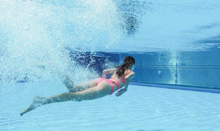 Слитные купальники для плавания и отдыха у бассейна http://www.the-village.ru/village/service-shopping/revizia/218935-kupalniki