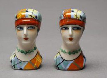 Female-flappers-salt-and-pepper-shakers