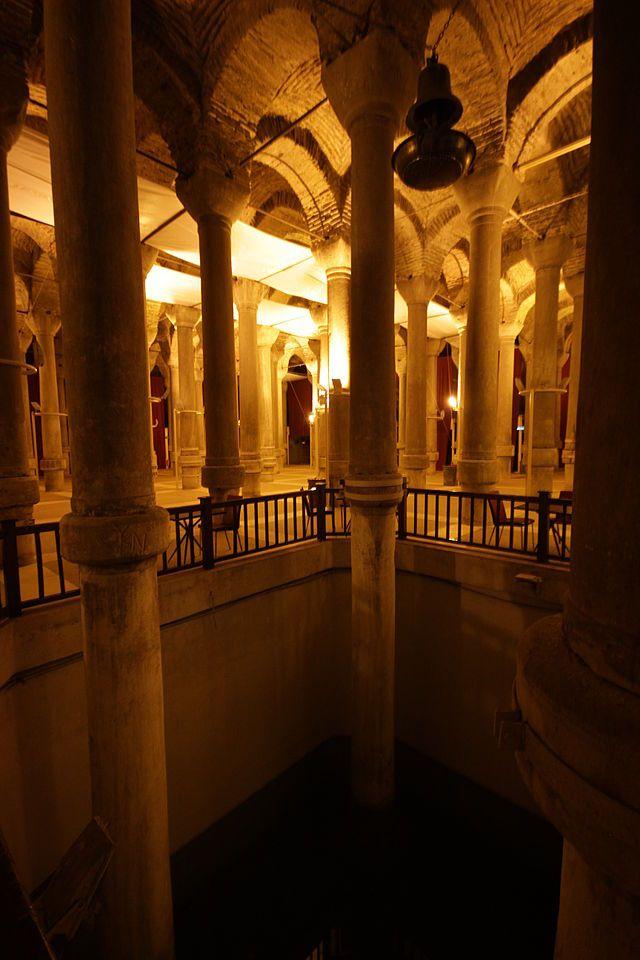 Cistern of Philoxenos Column Height - Wikipedia, the free encyclopedia