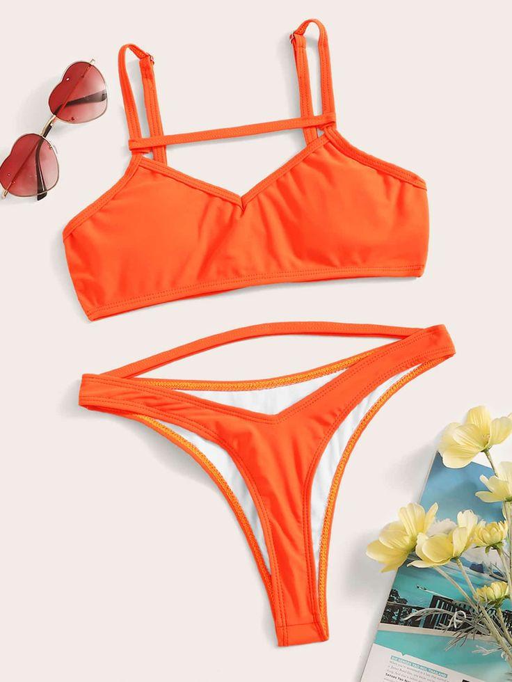 Hochgeschnittenes Bikini-Set mit schmalem Riemenausschnitt #Ad, #AFFILIATE, # Cut # Strap # Thin