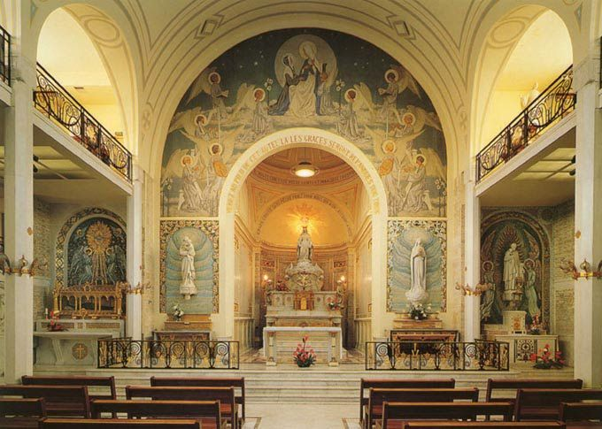 rue du bac 140 in paris france the chapel of our lady. Black Bedroom Furniture Sets. Home Design Ideas