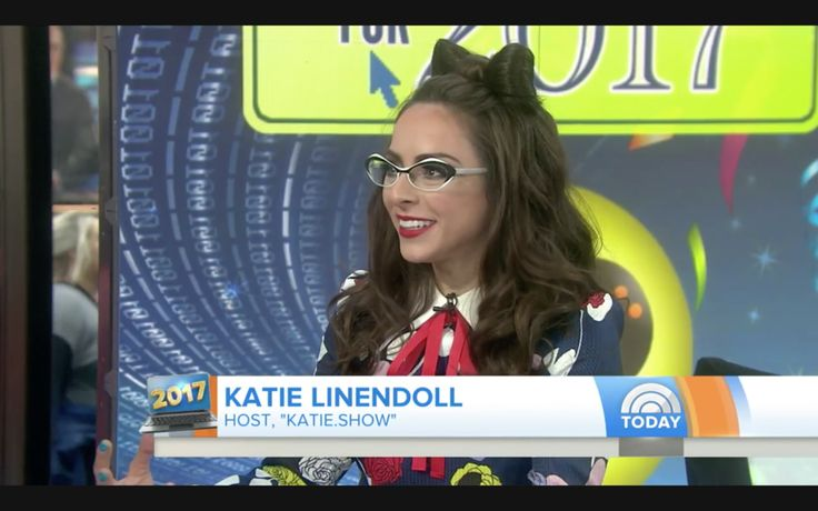 """Katie Linendoll, host of the tech podcast """"Katie.show,"""" previews next  year's tech trends, from futuristic devices like smart glasses that snap  photos to a personalized 3-D avatar that can be simply made from a selfie."""