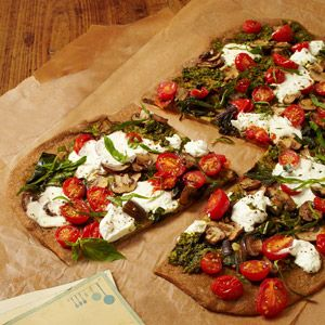 Veggie Pizza with Arugula Pesto. #vegetarian #recipe