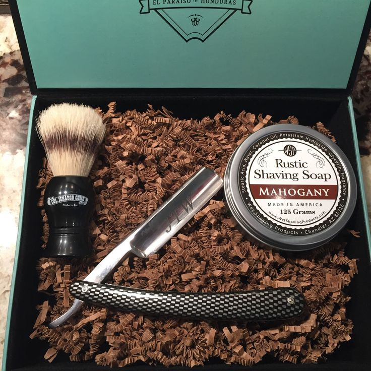 Straight Razor Kit Gift Box. Shaving Brush. Shave Soap. Best groomsmen gift. Gift for him. Groomsmen Gift. Father's Day. Birthday Gift. Man by KCShaveCo on Etsy https://www.etsy.com/listing/273192672/straight-razor-kit-gift-box-shaving