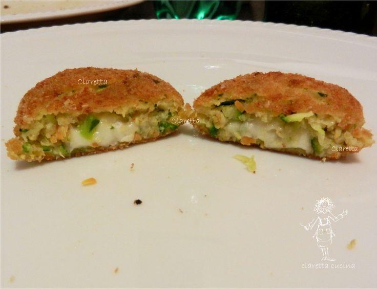 Polpette zucchine e carote, Ricette polpette vegetariane http://blog.giallozafferano.it/mipiacecucinar/polpette-zucchine-e-carote-ricette-polpette-vegetariane/
