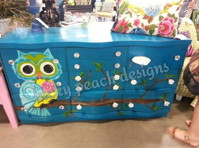 Cute owl dresser.  Hand Painted . I saw this at Junk hippy roadshow and I just love it