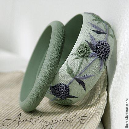 """Купить Комплект браслетов """"Синеголовник"""" - синеголовник, браслет, широкий браслет, цветочный, луговые травы, зеленый"""