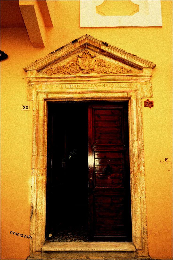 Βενετσιάνικη πόρτα