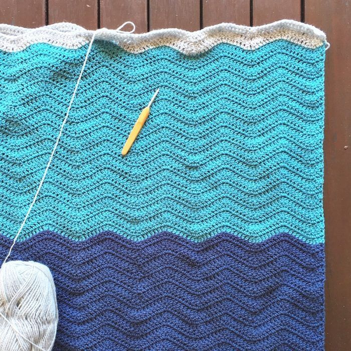 4 Tips for Neat Crochet Edges The edges of a crochet blanket or scarf can be bumpy or loose so these tips will help you make the ends of every row neat and tidy on your projects.