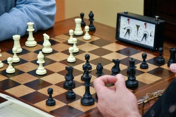 Pela primeira vez, o Clube sedia um torneio universitário de xadrez. Foto: Fernando Alvim.