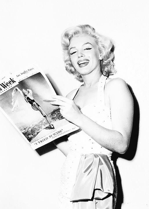 Marilyn Monroe … anyone else read the magazing - kind of eerie.