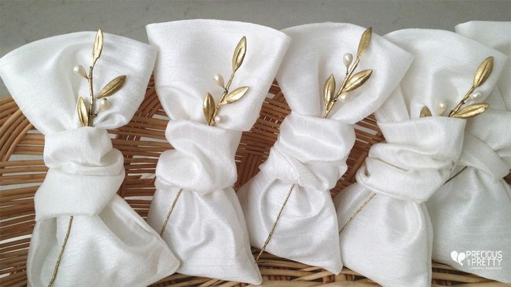 Μπομπονιέρες γάμου ελιά!Greek bombonieres olive leaves# #gamos #mpomponieres #elia #weddings #greekfavors #olive