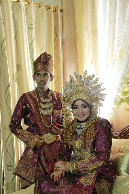 Traditional look as an indonesian bride n gromm. Its called tenun siak and its from riau indonesia