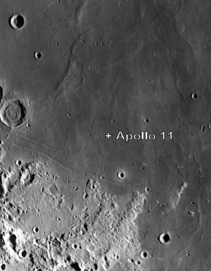 Apollo 11 landing site on the Sea of Tranquility, Moon ...