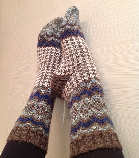 Ravelry: Audrey Socks pattern by Jennifer Pattison
