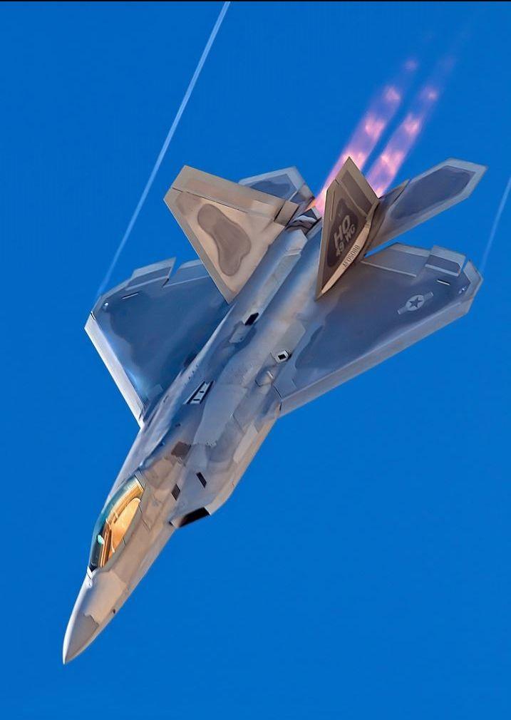 F-22 Raptor. Aviões Militares. Aviões SuperSonicos. Super Aviões. Super Tunados…