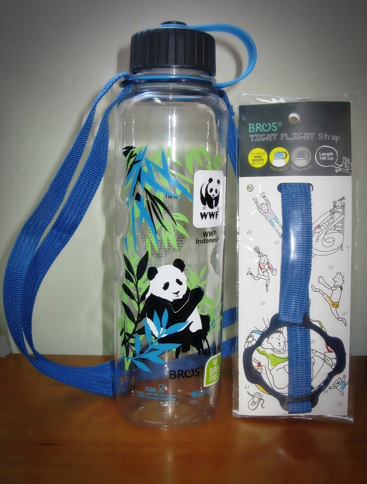 Carry more water with this eco-friendly reusable & recyclable WWF tumbler BROS, for 1 liter capacity, made from 100% Bisphenol-A (BPA) free material, odourless and stain resistant that comply with FDA and LFGB standard.IDR 150.000 for tumbler and IDR 20.000 for the straps