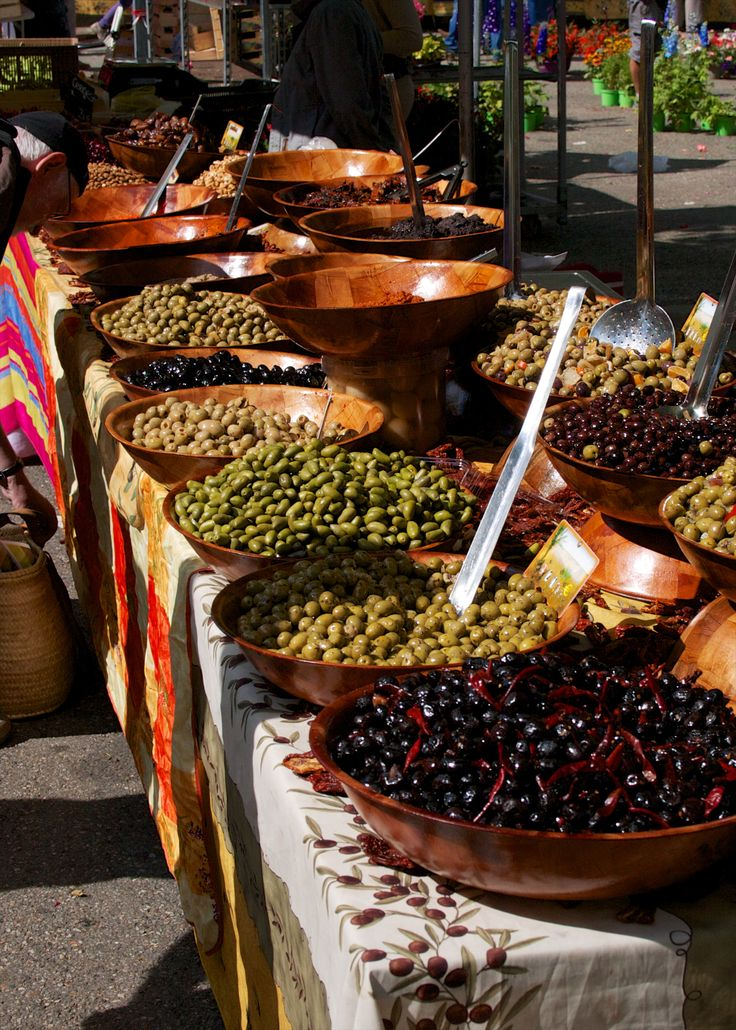 Provincial market in Marminiac, France
