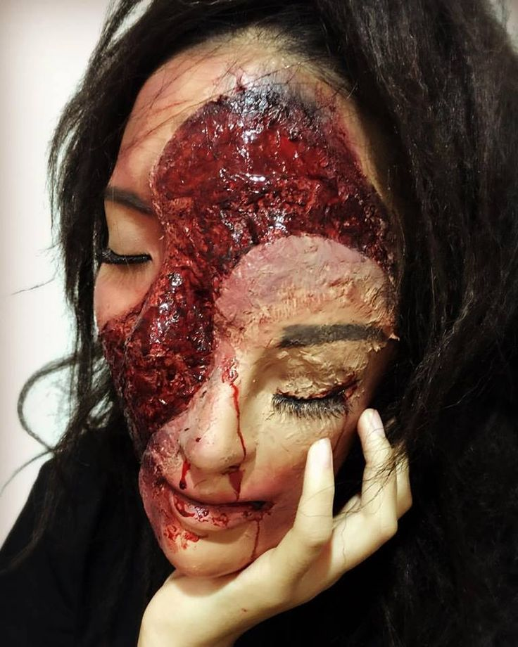 68 scary halloween makeup ideas to creep your friends out at the halloween party