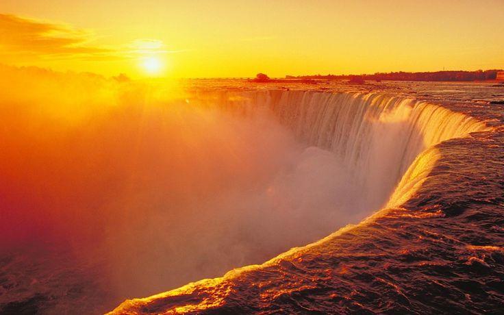 Beautiful #Niagara waterfalls in #Canada...