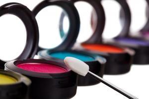 ¿Puedo maquillarme si tengo conjuntivitis? #maquillaje #makeup #belleza