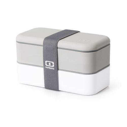 If anyone is stuck for something for Fei, she would probably like this for her lunch. The grey one is out of stock on the website, but I saw it today in the Steamer Trading place on Gordon St.